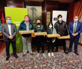 Premios a los ganadores de 'Divulgaciencia 2019', programa de Fundación Caja Rioja y Bankia