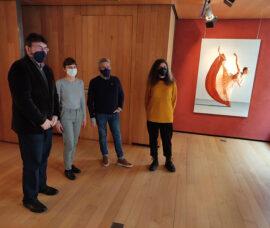 La exposición 'Bailarinas del mundo' muestra la sutileza y movimiento de la danza