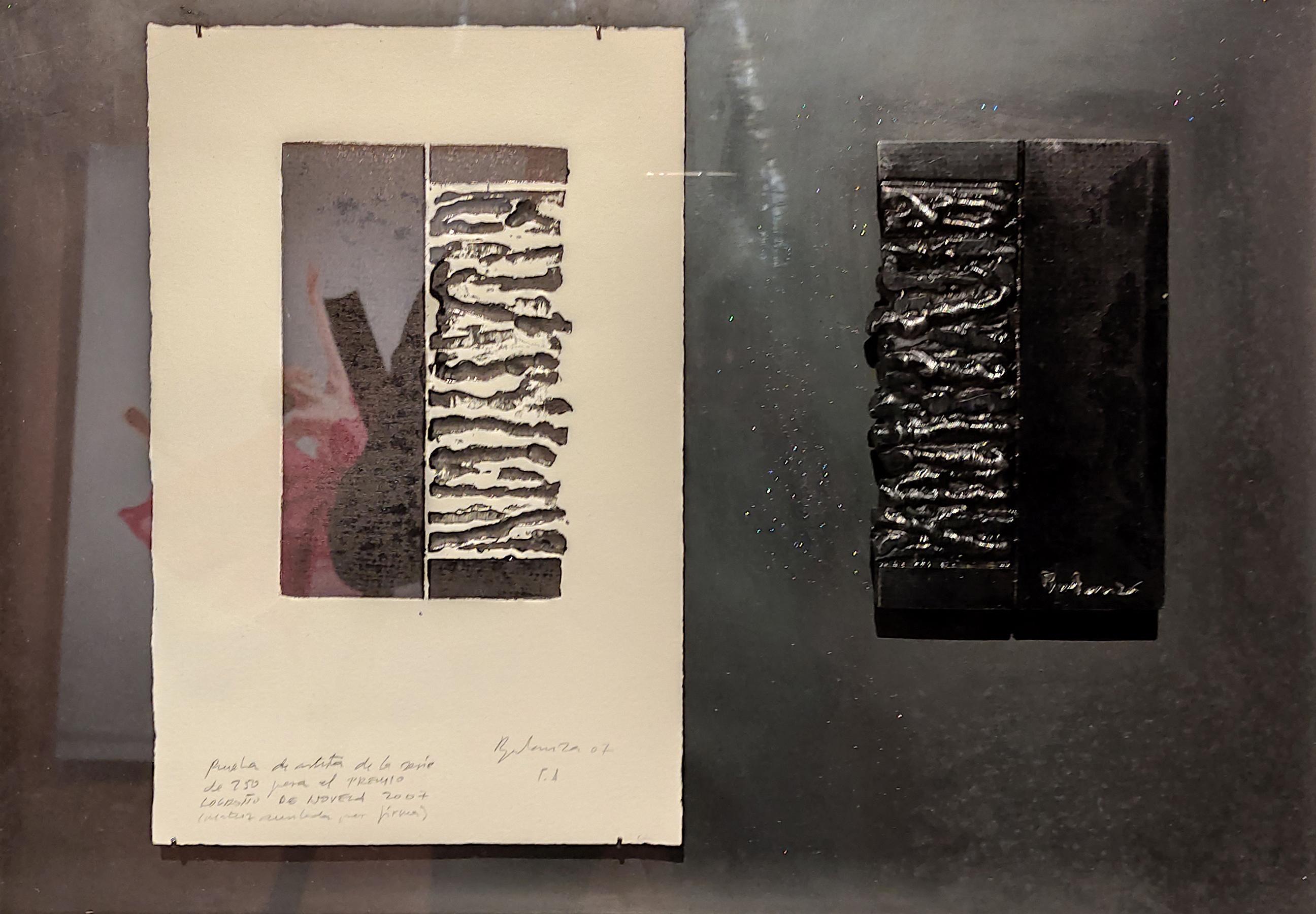 José Carlos Balanza   PREMIO LOGROÑO DE NOVELA Estampa (prueba de artista) y matriz (anulada mediante firma) pertenecientes al grabado del Premio Logroño de Novela, 2007.  (Estampa -sobre papel súper alfa- 30 x 19 cm; matriz -hierro- 17 x 10 cm. Enmarcados en hierro y cristal con una medida total de 40 x 51 cm).