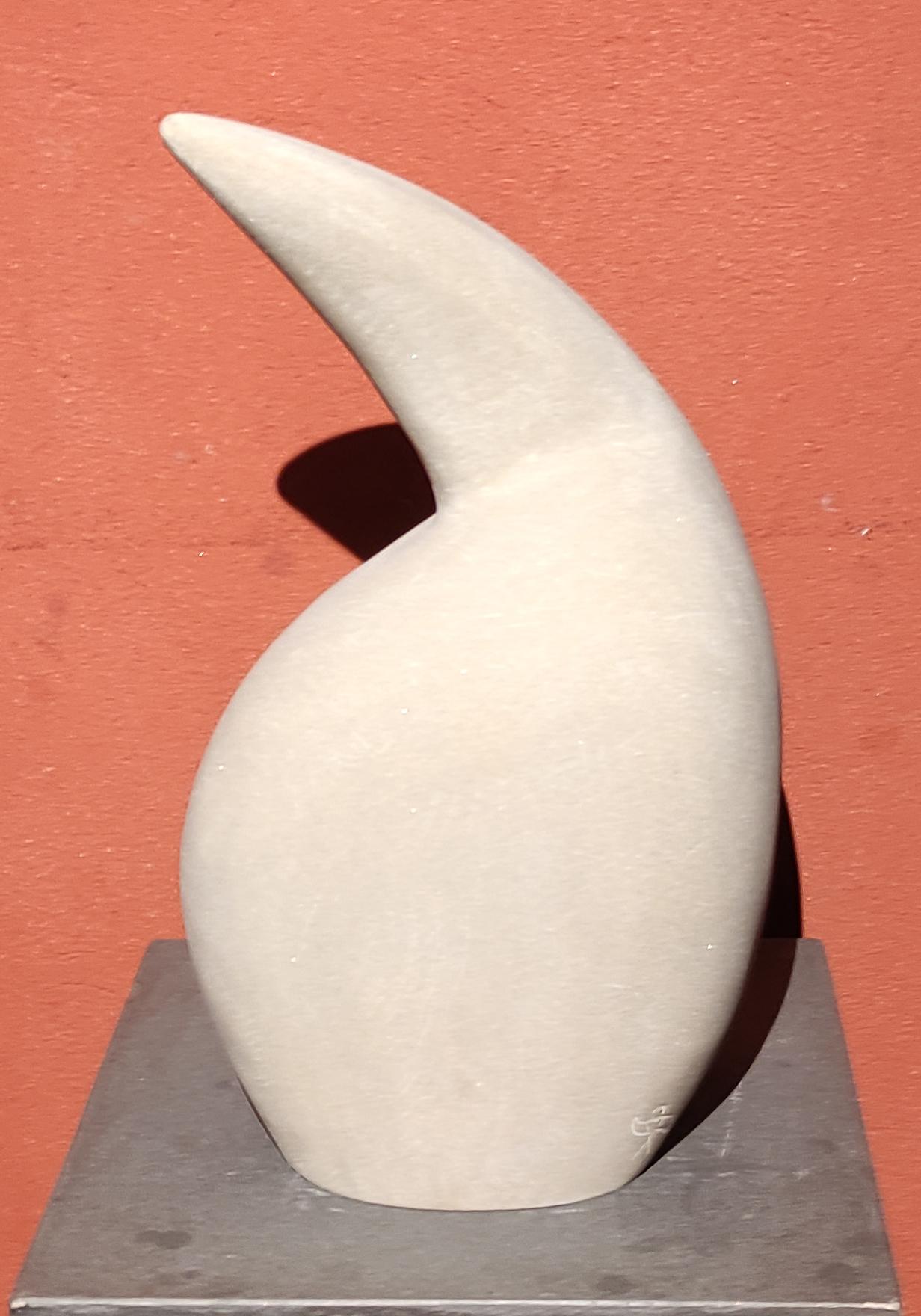 Cristian Terroba  FORMAS FEMENINAS Escultura en piedra arenisca. 38 x 21 cm. 2012